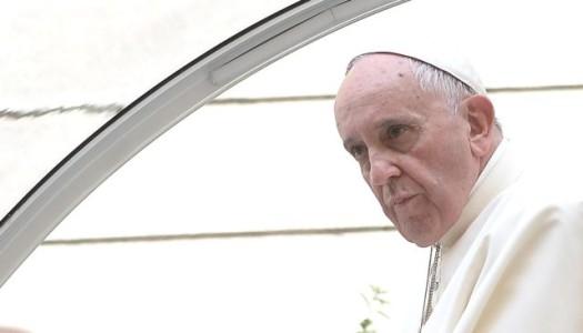"""Ferenc pápa: """"A világhatalmak semmit nem tettek, amikor a zsidókat Auschwitzba vitték"""""""